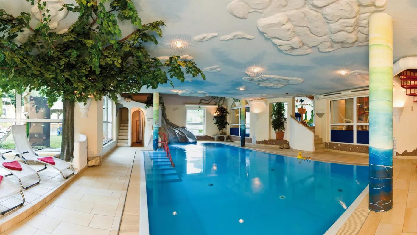 Kinderhotel Smiley - Kärnten - Pool