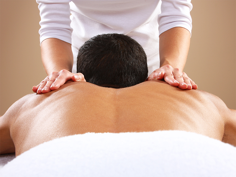 Smiley, Wellness, Mann-Aromarueckenmassage
