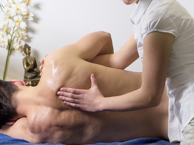 Smiley, Wellness, Mann-Wirbelsäulentiefenmassage